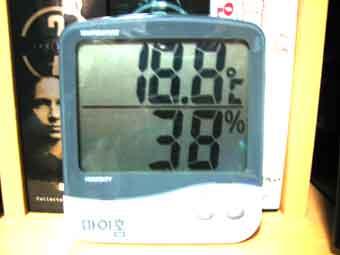 2005/12/03 07:14 내방의 온도 18.8도